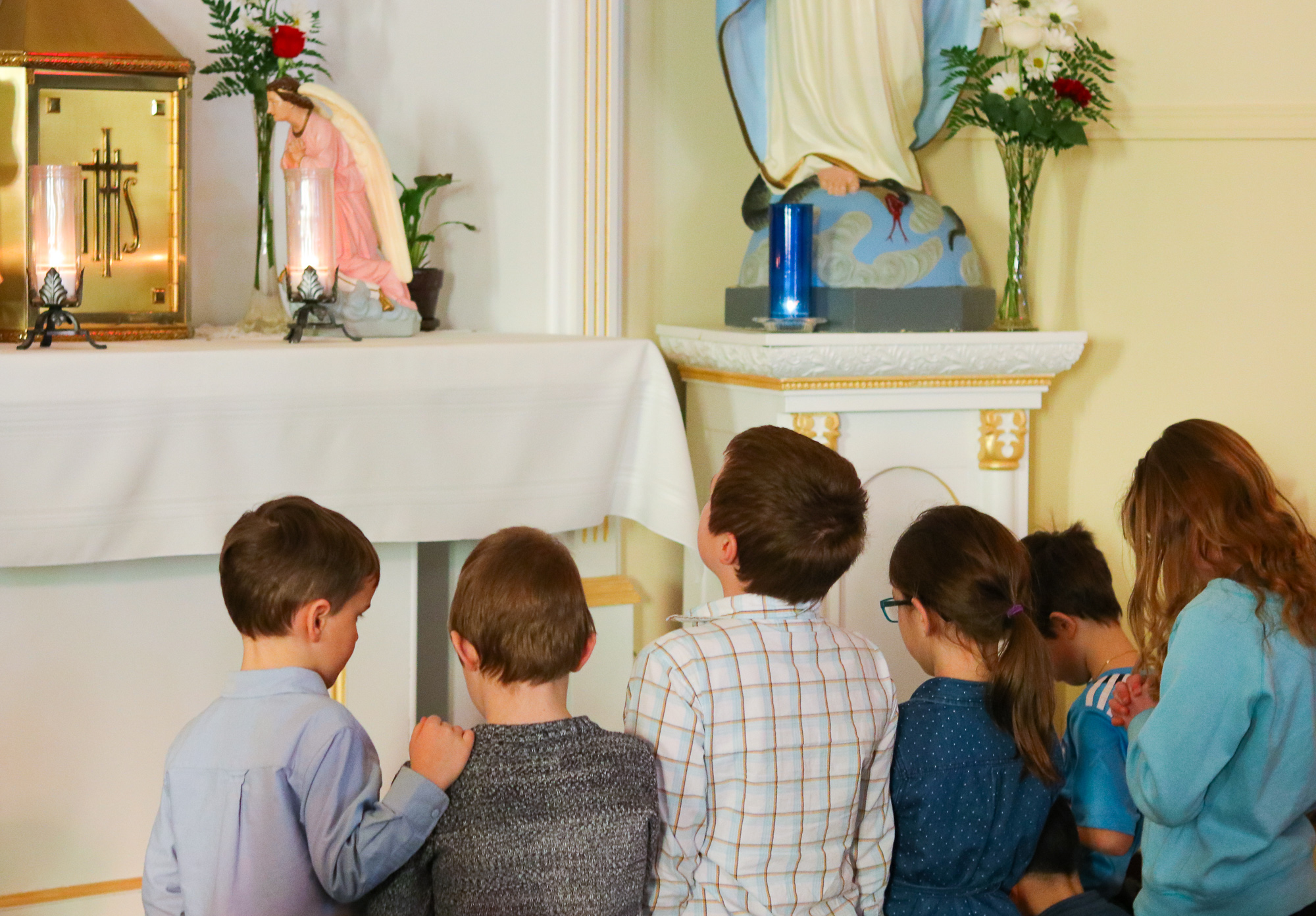 Kids in adoration 2
