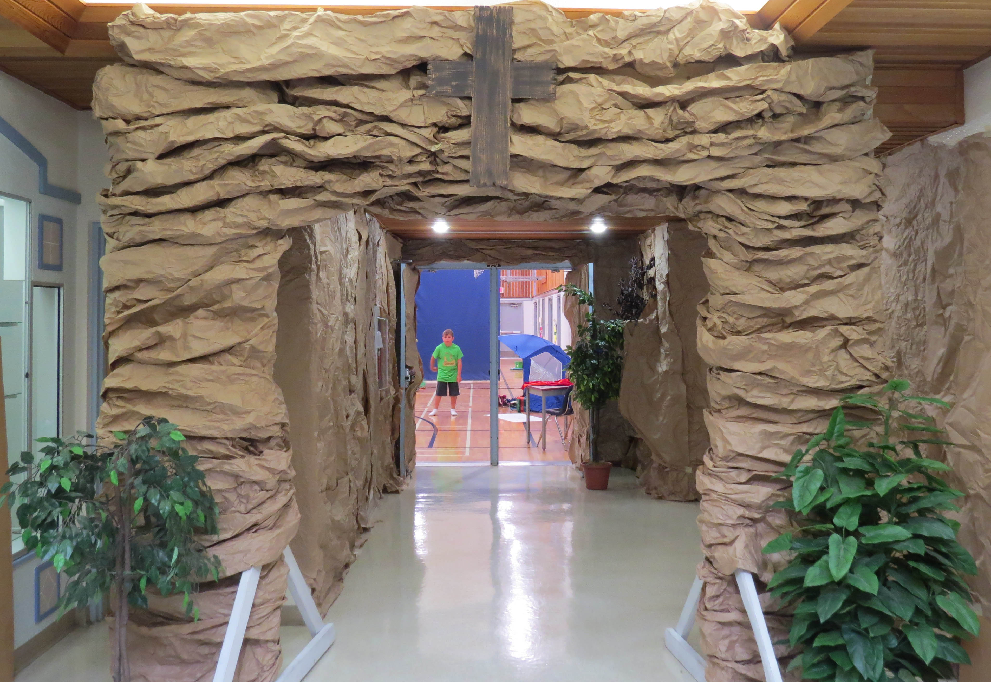 Rock entrance for vbs